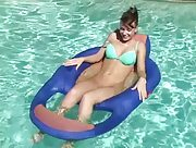 Nice pussy play in the swimming pool