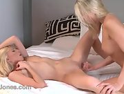 Smoking hot blonde lesbians in action
