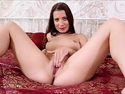 Romantic and effortlessly beautiful Nubiles Girl Teressa Bizarre exposed in Playful Beauty