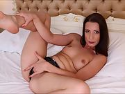 Romantic and effortlessly beautiful Girl Teressa Bizarre naked in Toy Orgasm