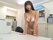 Sexy yet charming All Gravure Model Sayaka Onuki dazzles us with her sexy body