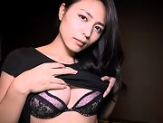 Daring and youthful all gravure model Yukie Kawamura dazzles us with her sexy body