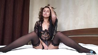 Perfectly Shaped nubiles beauty La Dolce Carrie charming in Sex Appeal