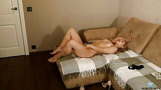 Flirty and playful nubile girl Vanessa Devis dazzles us with her sexy body in Pose For You